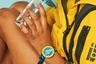 Детское подразделение швейцарской часовой компании Swatch — Flik Flak — постоянно подчеркивает, что его задача — не только порадовать детей яркими часами, но и обучить малышей ими пользоваться. У бренда есть сайт с интересными приложениями, которые помогут детям овладеть наукой определения времени.