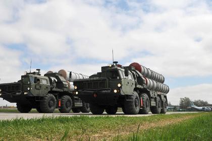 ЗРС С-400 (архивное фото)