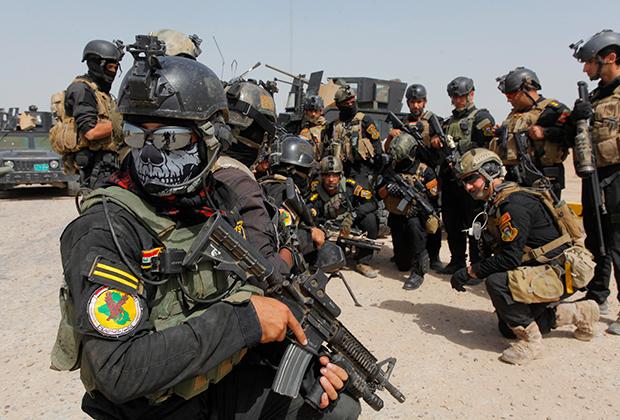 Иракский спецназ готовится к патрулю