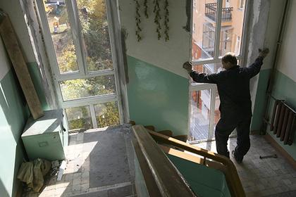 Власти Подмосковья анонсировали завершение программы капремонта подъездов