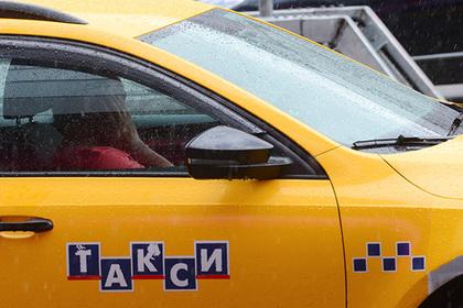 Сфотографировал как жена сосет таксисту, порно жена отдает мужа другому