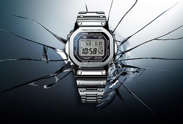 Часы G-Shock GMW-B5000 в стальном корпусе и на стальном браслете