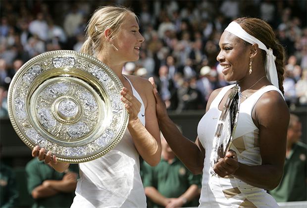 Мария Шарапова и Серена Уильямс после финала Уимблдона-2004