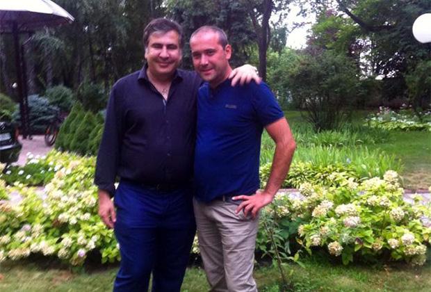 Звиад Куправа (справа) и Михаил Саакашвили