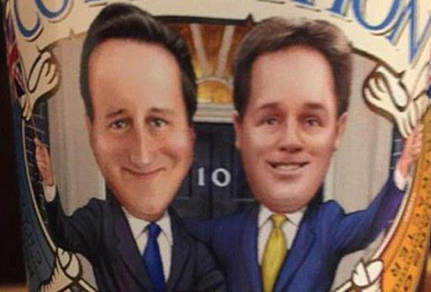Дэвид Кэмерон и Ник Клегг на этикетке пива Co-ale-ition Beer
