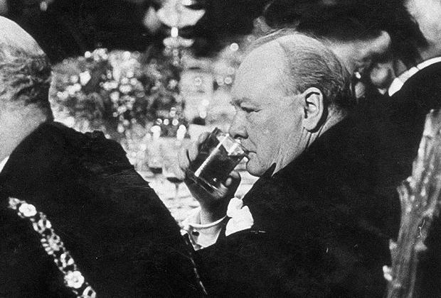 Премьер-министр Великобритании в 1951-1955 годы Уинстон Черчилль
