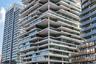 Ближневосточный финалист — ливанский Beirut Terraces. Эта 25-этажная жилая башня воплощает концепцию «вертикальных садов» и своими просторными террасами напоминает о традиционных жилищах.