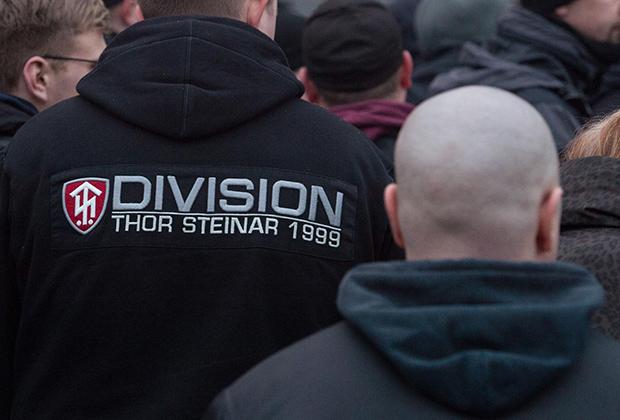 «Thor Steinar» — любимый бренд бритоголовой публики середины 2000-х годов.