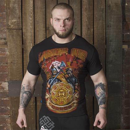 Российский правый бренд «Белояр» начал свой путь с концертных футболок...