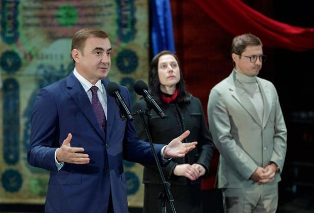 Алексей Дюмин (слева)
