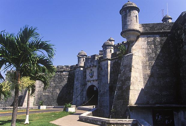 При Че Геваре Ла-Кабанья стала похожа на кубинский аналог Лубянки.