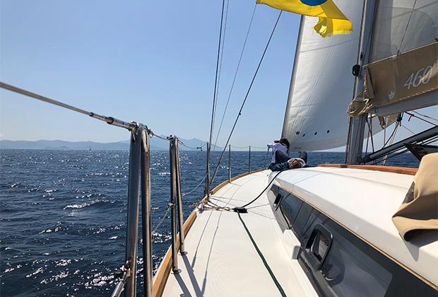 Девушки на яхте разделись видео — pic 13