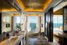 Ночь в Conrad Koh Samui обойдется гораздо дешевле — от 70 тысяч рублей за номер с панорамной ванной. Вид не подкачал: за окнами Южно-Китайское море, которое относится к бассейну Тихого океана.