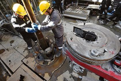 Правительство поддержит попавшие под санкции нефтяные компании