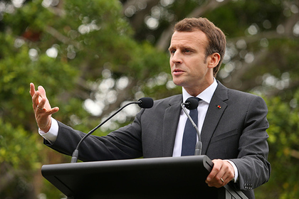 Макрон хочет сделать французский основным языком европейского союза