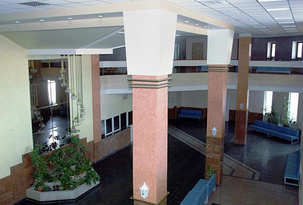 Издательство «Наука», 1-й этаж