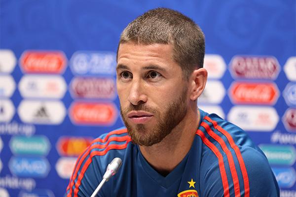 Капитаны сборнои испании по футболу