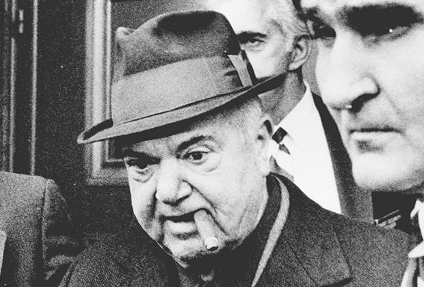 Энтони Салерно, Толстый Тони — глава семьи Дженовези