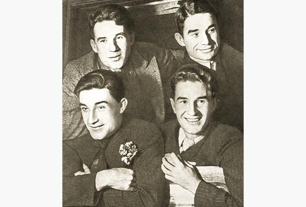 1934 год. Братья Старостины (слева направо, сверху вниз): Александр, Николай, Андрей, Петр