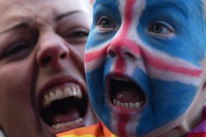 Исландцы устроили шоу с кличем викингов перед матчем с Аргентиной