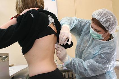 Россиянам придется сделать прививки перед поездкой в Европу