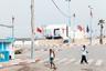 В этой серии фотограф представляет остановленные моменты, лишенные экзотики. Посвященный Марокко арт-проект охватывает семь лет исследований большой территории государства во время бума развития городов. Снимки, на которых художник старался передать сиюминутное во вневременной манере, — в шорт-листе конкурса CAP.