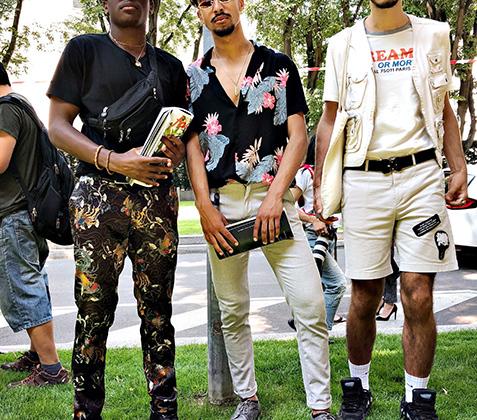 Яркие цвета, легкий крой и волосатые ноги не давали гостям Миланской недели моды забыть, что Италия — южная страна.