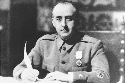 Испанцы решили вынести труп диктатора из мемориала его жертвам