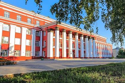Выпускники российского вуза написали дипломы и узнали о закрытии факультета