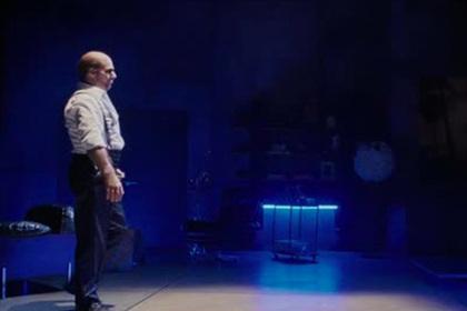 Танцевальные сцены из 300 фильмов склеили в один супертанец
