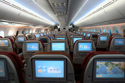 В самолетах стало больше сексуальных домогательств