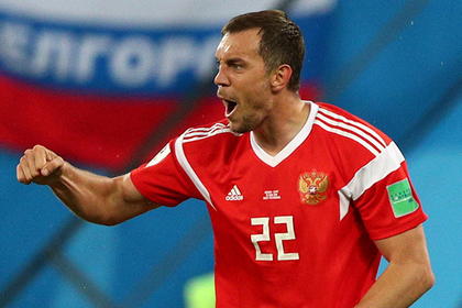 Дзюба пообещал протаранить российских футболисток