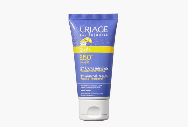 Детская гамма средств с высоким солнцезащитным эффектом SPF 50 «Первый уход» защищает нежную детскую и взрослую чувствительную кожу от ультрафиолетового излучения. Можно применять даже при уходе за кожей новорожденных.