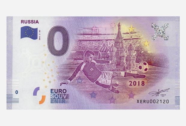 В начале 2018 года в продажу поступили сувенирные банкноты номиналом 0 евро, посвященные ЧМ-2018 по футболу. В серии 32 купюры — по числу команд-участниц чемпионата. Банкноты напечатаны на той же бумаге, что и обычные евро, со всеми степенями защиты, включая голограммы и водяные знаки.