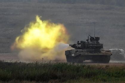 Сирийцы постреляли по боевикам из российских Т-90