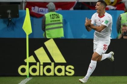 Показавший герб Косово футболист объяснился с ФИФА