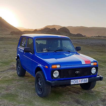 Автомобиль «Нива», на котором исландцы совершили путешествие до России