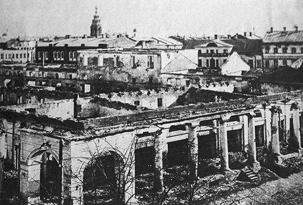 Разрушенные кварталы Ярославля. 1918 год