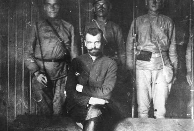 Руководитель Ярославского восстания полковник Александр Петрович Перхуров во время суда, по приговору которого его расстреляют. 1922 год