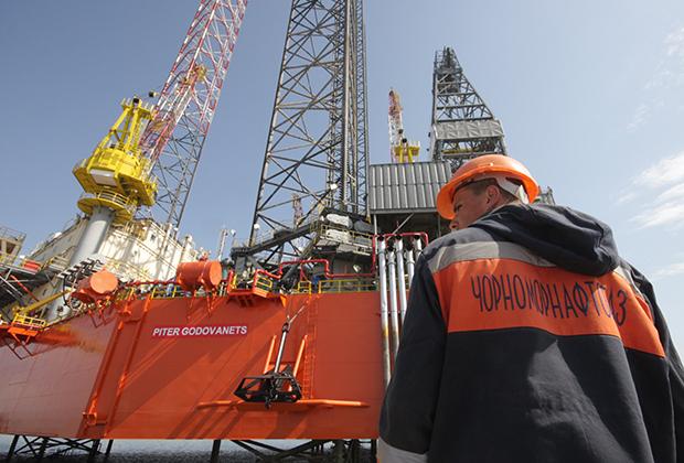 Буровая платформа «Черноморнефтегаза».