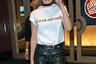Модель Джиджи Хадид заметили на американском фестивале в 2016 году в белой футболке с надписью «Ты не Зейн Малик». Тогда девушка встречалась с певцом и композитором Зейном Маликом, который в тот день выступал на одной сцене с бывшим парнем Хадид Джо Джонасом. Ранее Джонас критиковал Джиджи за то, что после расставания она так быстро переключилась на другого мужчину.