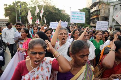 Протесты индийских женщин против сексуального насилия