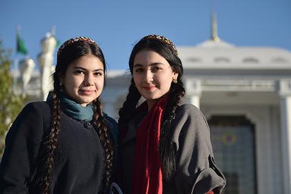 Власти Туркмении запретили выезд за границу большинству граждан
