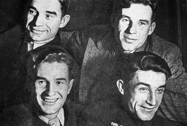 Братья Старостины. Внизу слева направо: Петр и Андрей, вверху слева направо: Николай и Александр