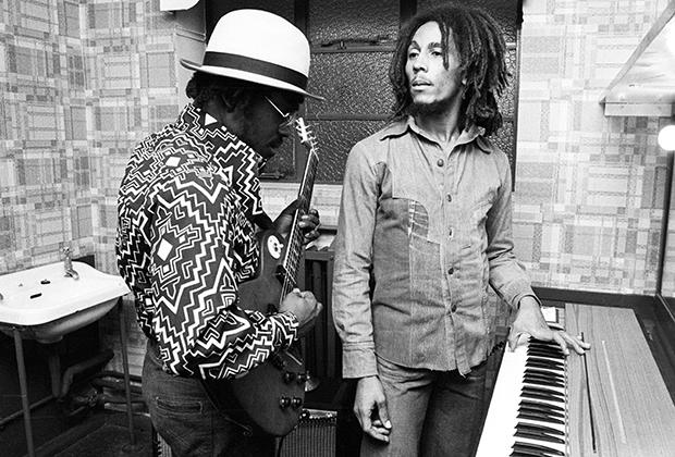 Боб Марли, как и другие участники группы The Wailers, решил заплести дреды лишь в начале 1970-х годов.