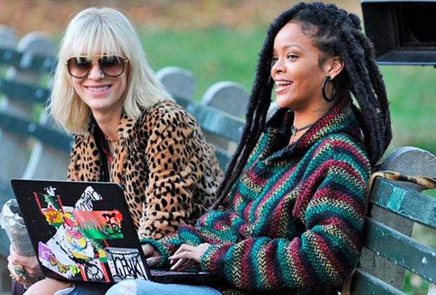 В 2016 году звезда R'n'B Рианна взорвала общественность своим раста-имиджем. Уроженка карибского острова Барбадос впервые заплела дреды два года назад, хотя в одежде с эфиопским триколором появлялась и раньше. Спустя полгода певица расплела локоны и постриглась короче, но в июне 2018 вернула короткие дреды.
