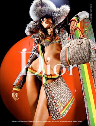 Но первым был Christian Dior, который нашел вдохновение в растафарианстве еще в 2003 году. Такого количество раста-цветов мир моды еще никогда не видел.