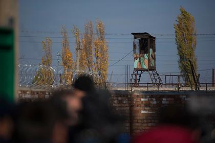 Дежуривший на вышке охранник российской колонии умер из-за жары