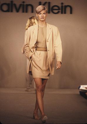 Показ коллекции Calvin Klein сезона весна-лето 1991
