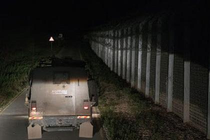 Израиль покормил беженцев через забор